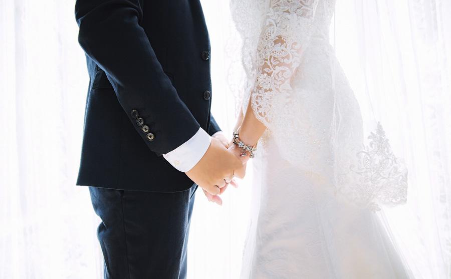 結婚式の費用、いくらぐらいかかるの?